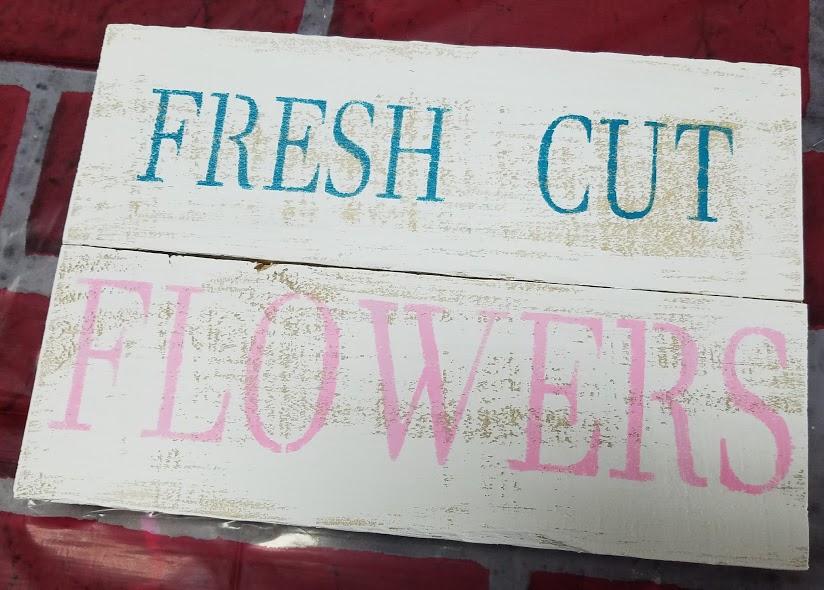 """T16: Fresh cut flowers (10"""" x 18"""")"""