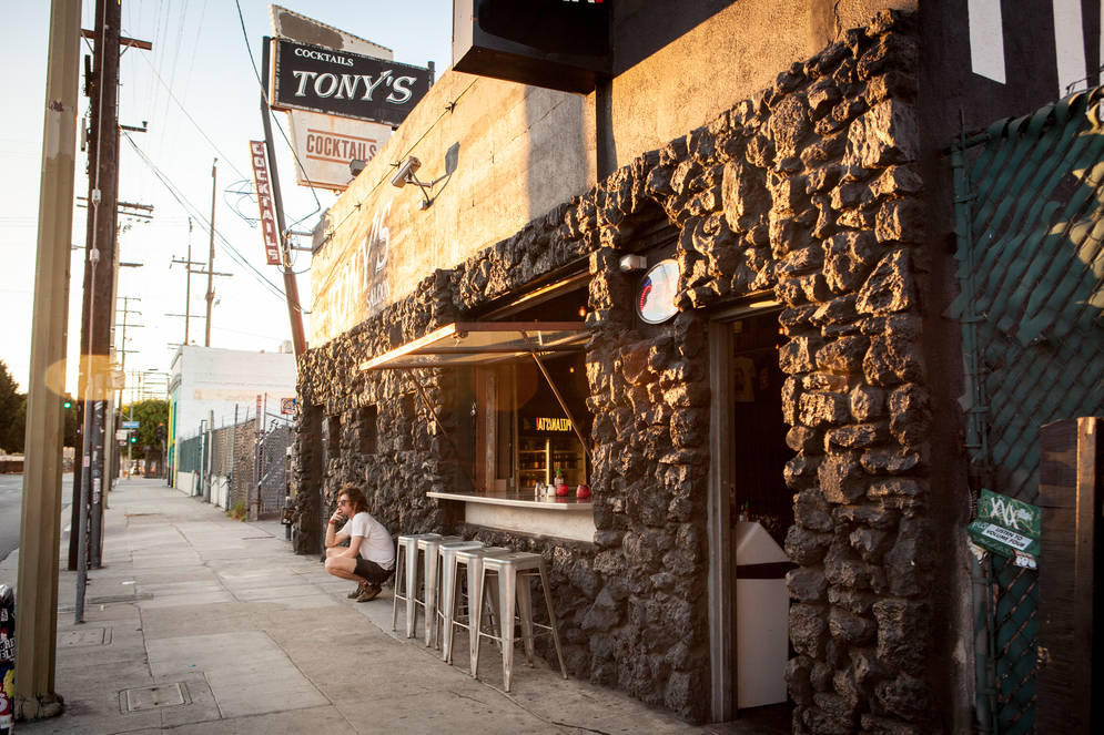 0_4200_0_2800_one_los-angeles-tonys-saloon-cocktails-ld537.jpg