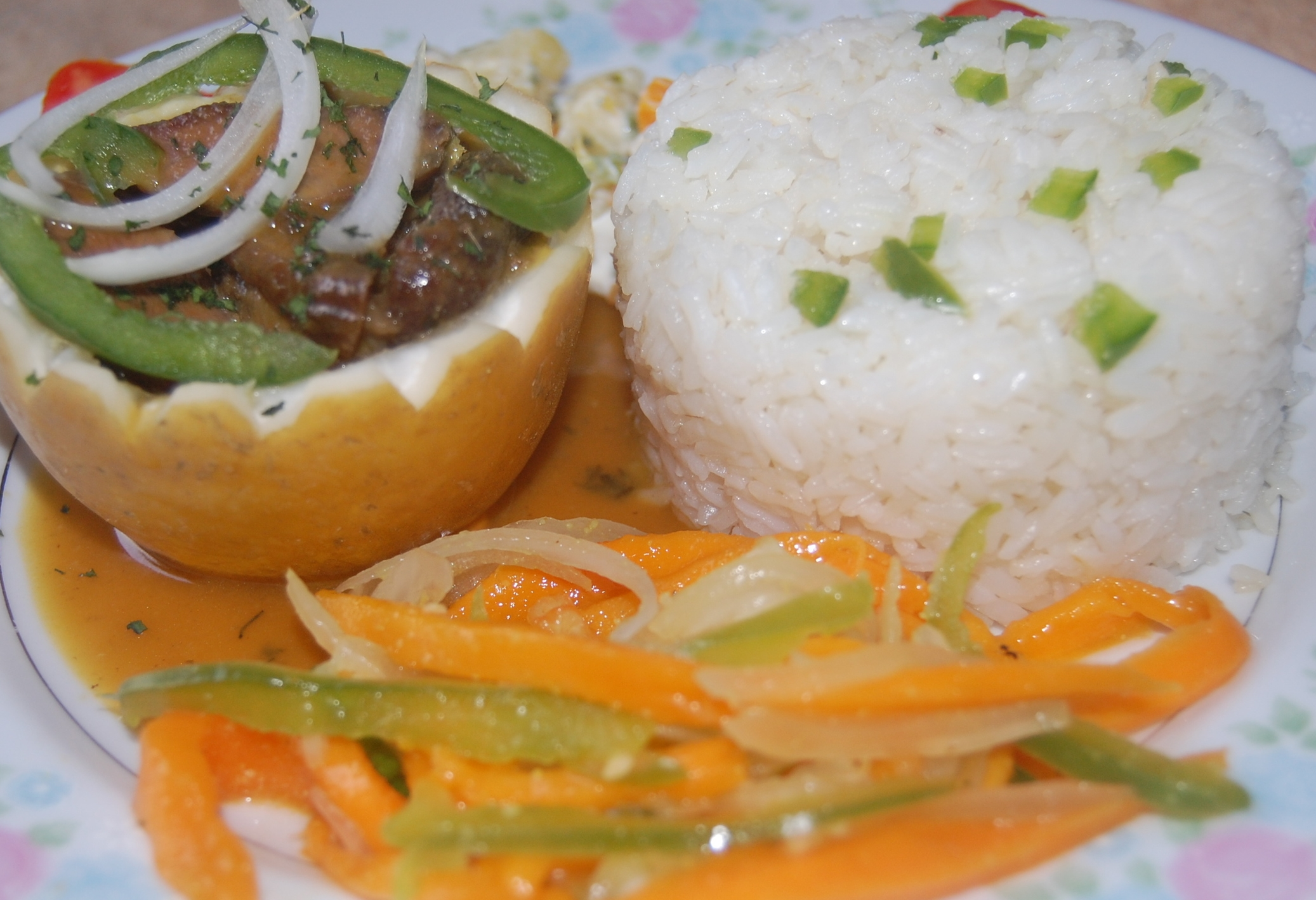 Suace Myabel (Passion Fruit and Ginger), Beef, Mango Pikliz.JPG