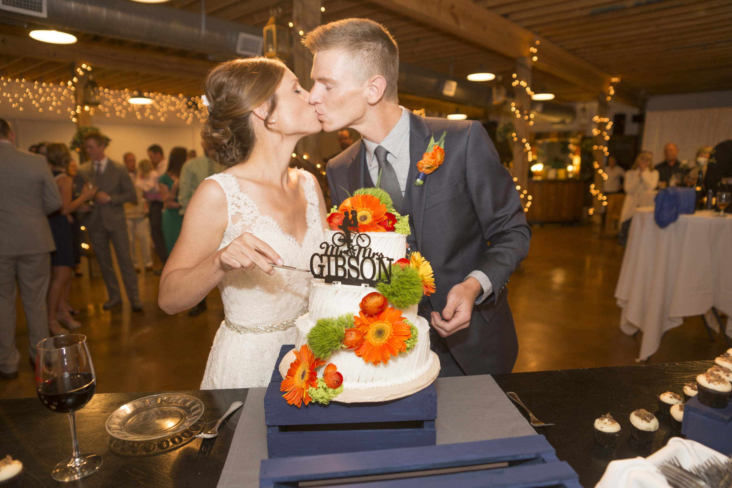 Wedding at Cross Timbers Winery in Grapevine