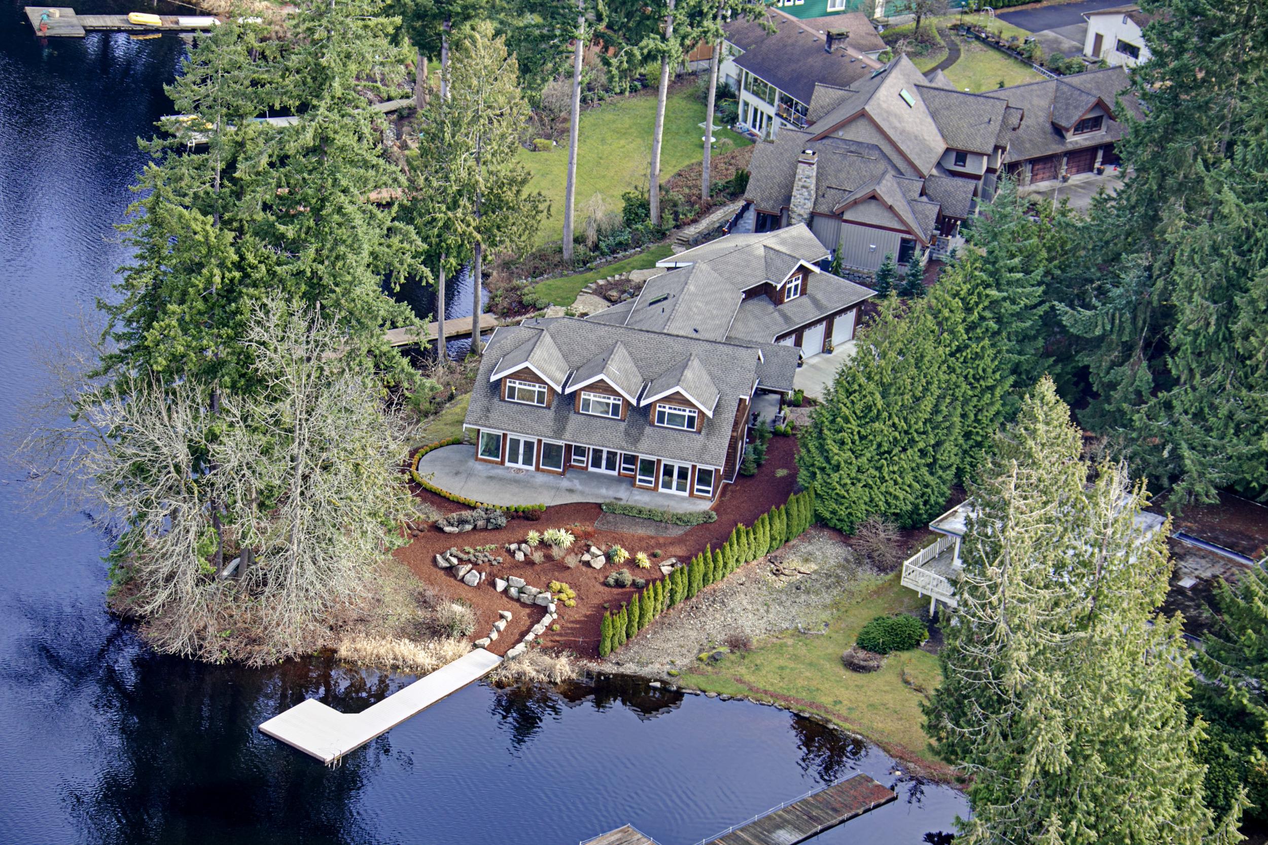 Beaver Lake Waterfront - $1,720,000