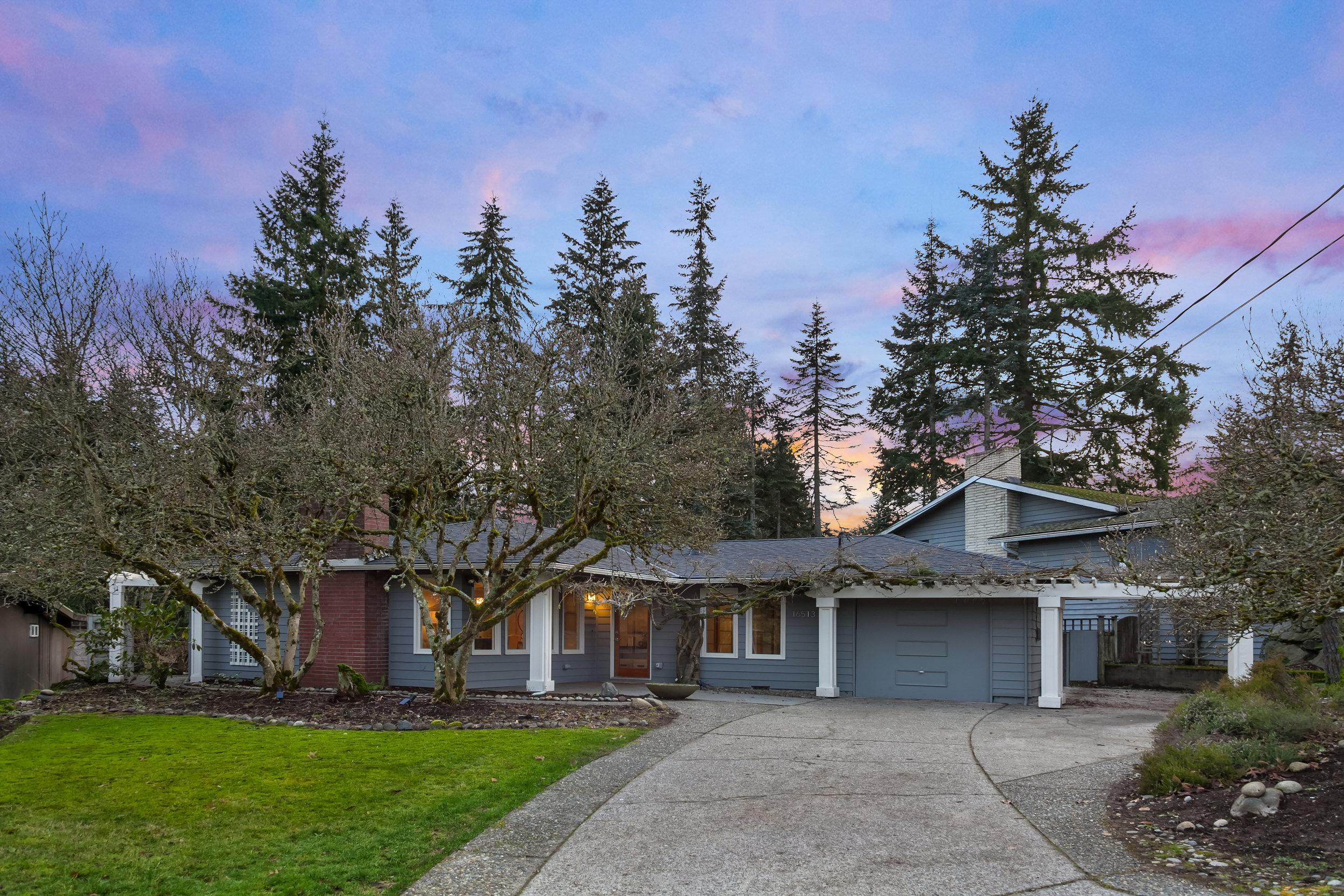 Bellevue - $878,000