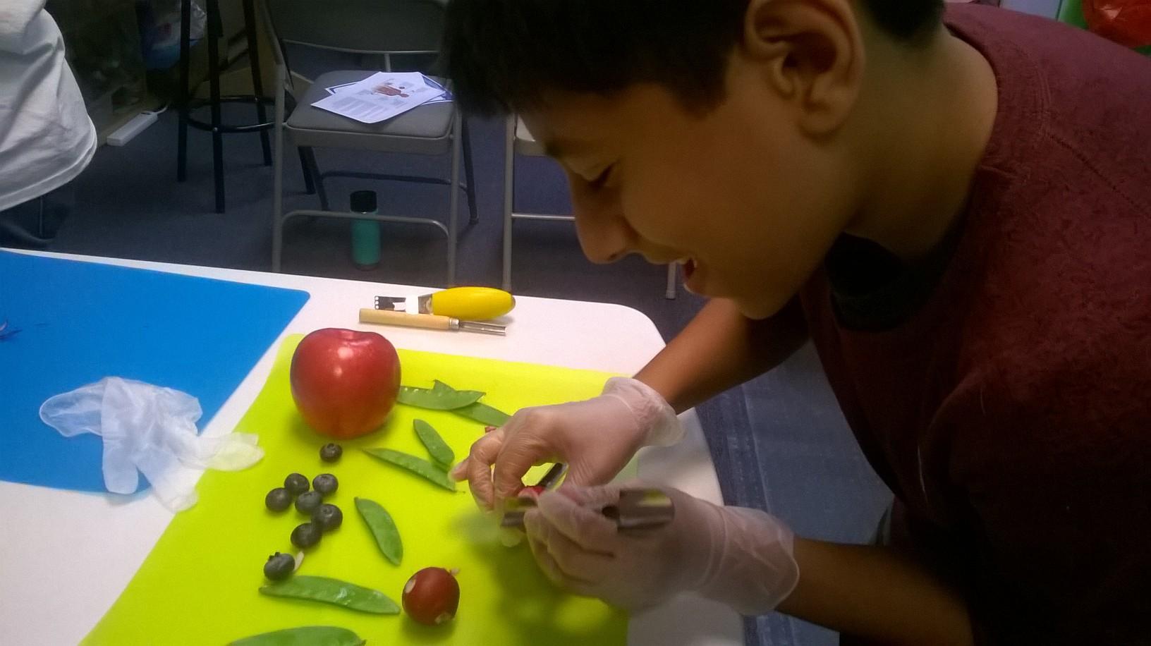 Making food sculptures