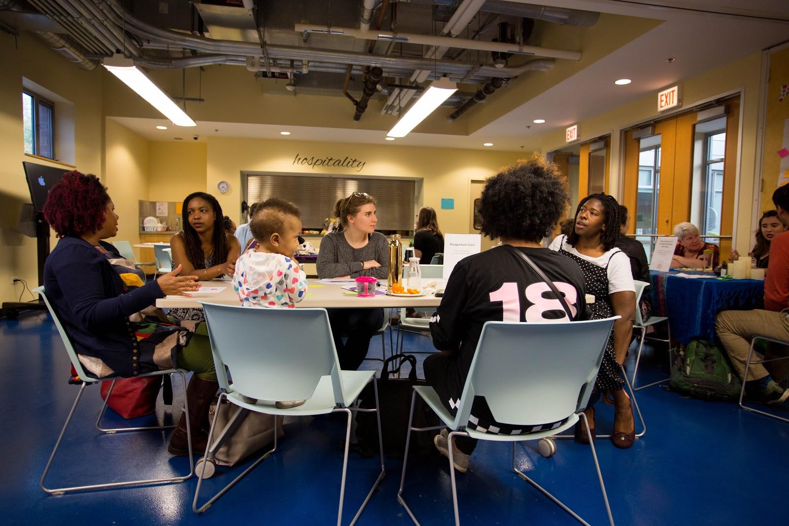 Participants at a Public Newsroom (Photo: Caroline Olsen)