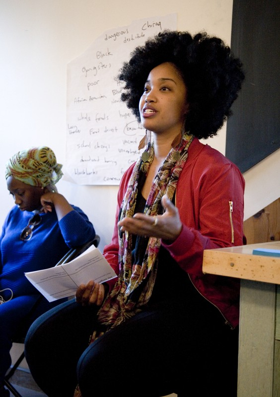 Tonika Johnson presenting during Public Newsroom #17: Who Tells the Story of Englewood?