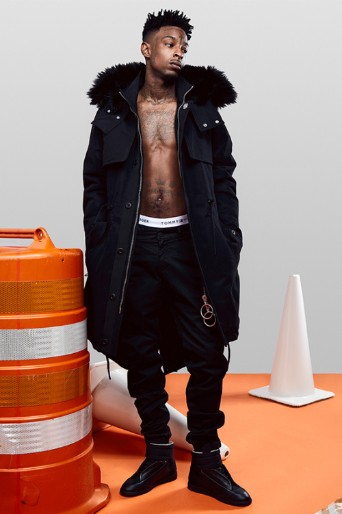 off-white-2016-fw-collection-21-savage-lookbook-1.jpg