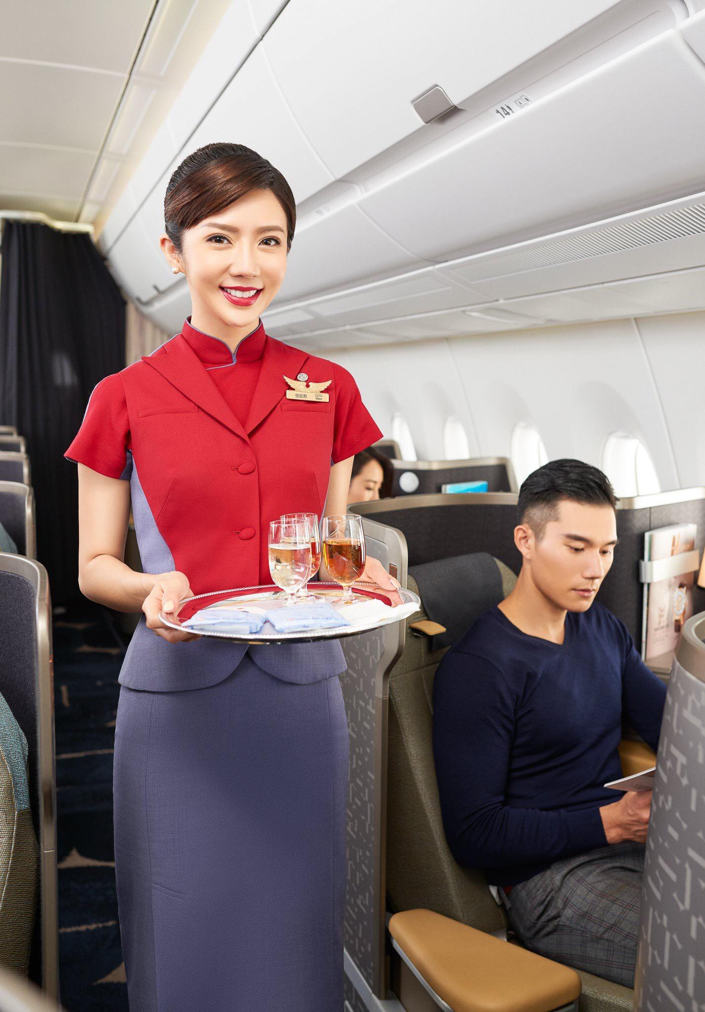 China airline A350 commercial imagine  Photography / Ding zheng Assistant of makeup artist / chi、MuMu Hair / Z-han Zhang assistant of hair stylist / Eugene