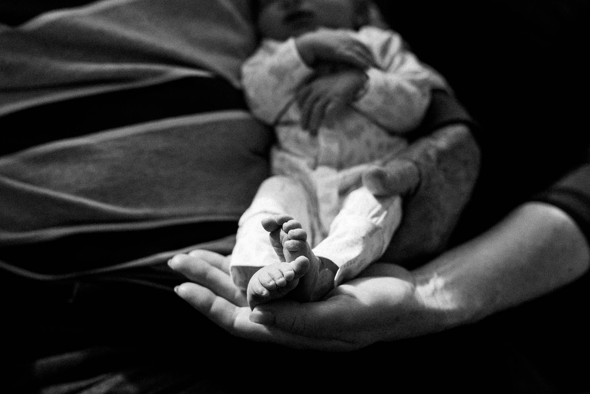 newborn-toes-at-hospital-in-melbourne