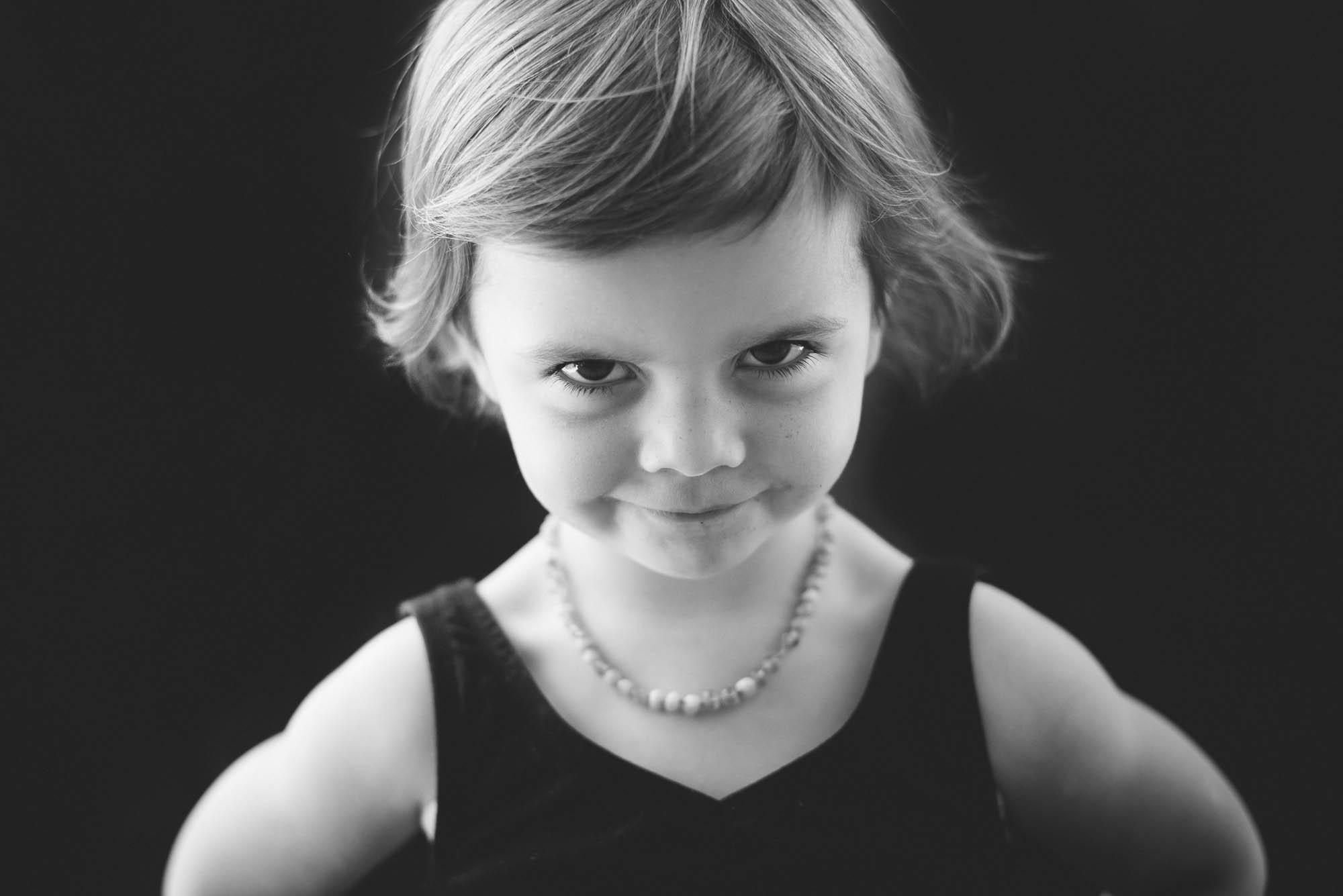 melbourne_family_photographer_childhood_portraits_girl.jpg