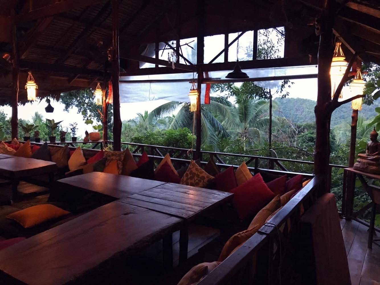 pyramid-restaurant-evening-setting.JPG