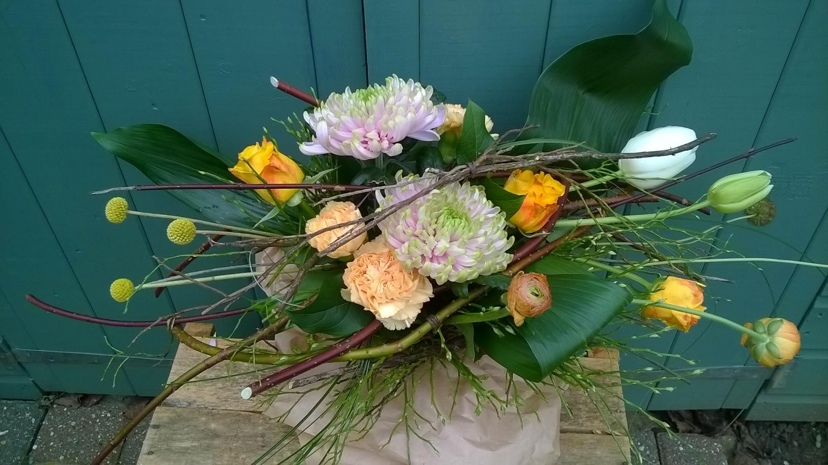 Thrive Horizontal Spring Bouquet.jpg