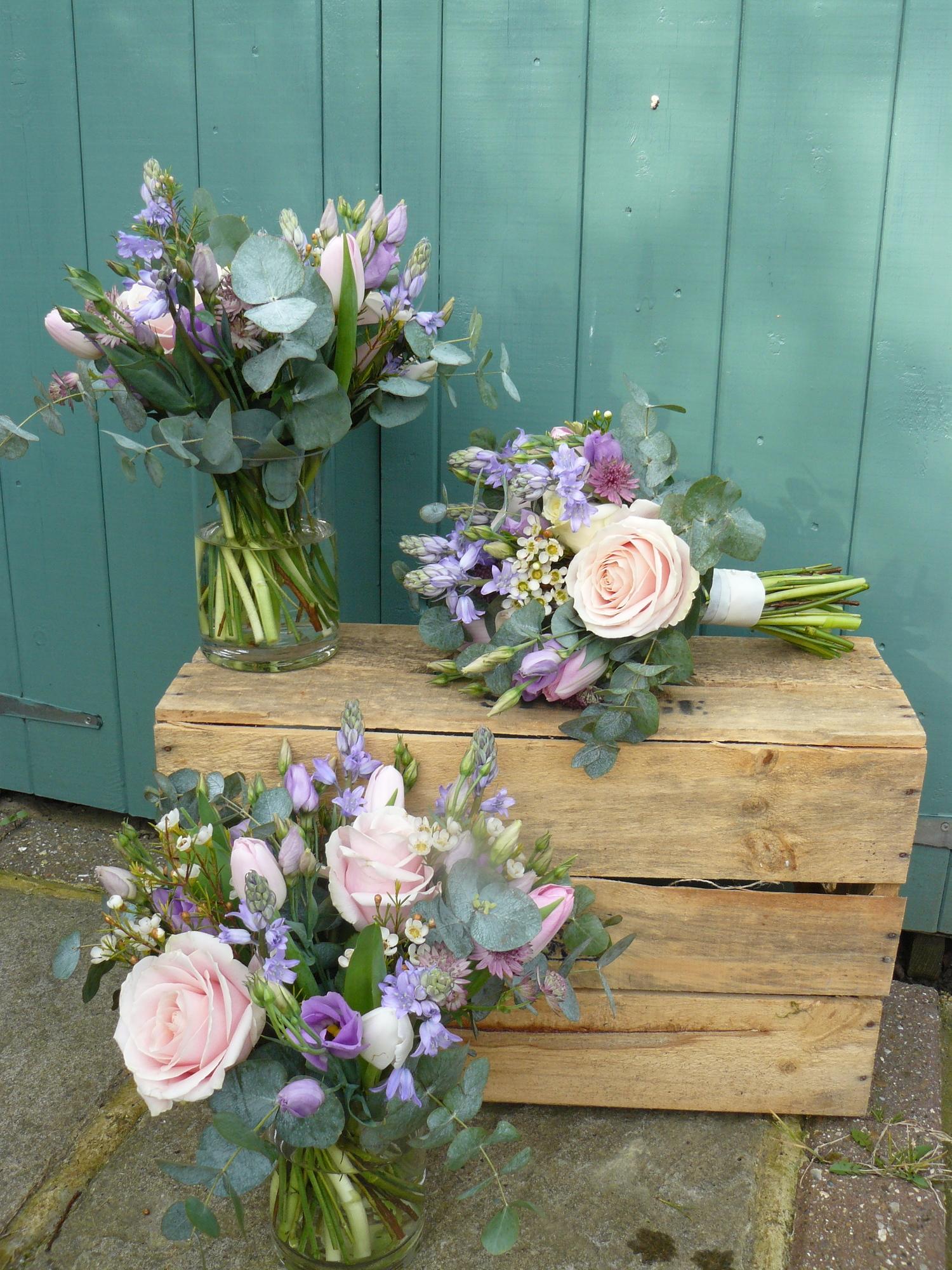 Nicky+and+James+full+set+Bridal+flowers.jpg