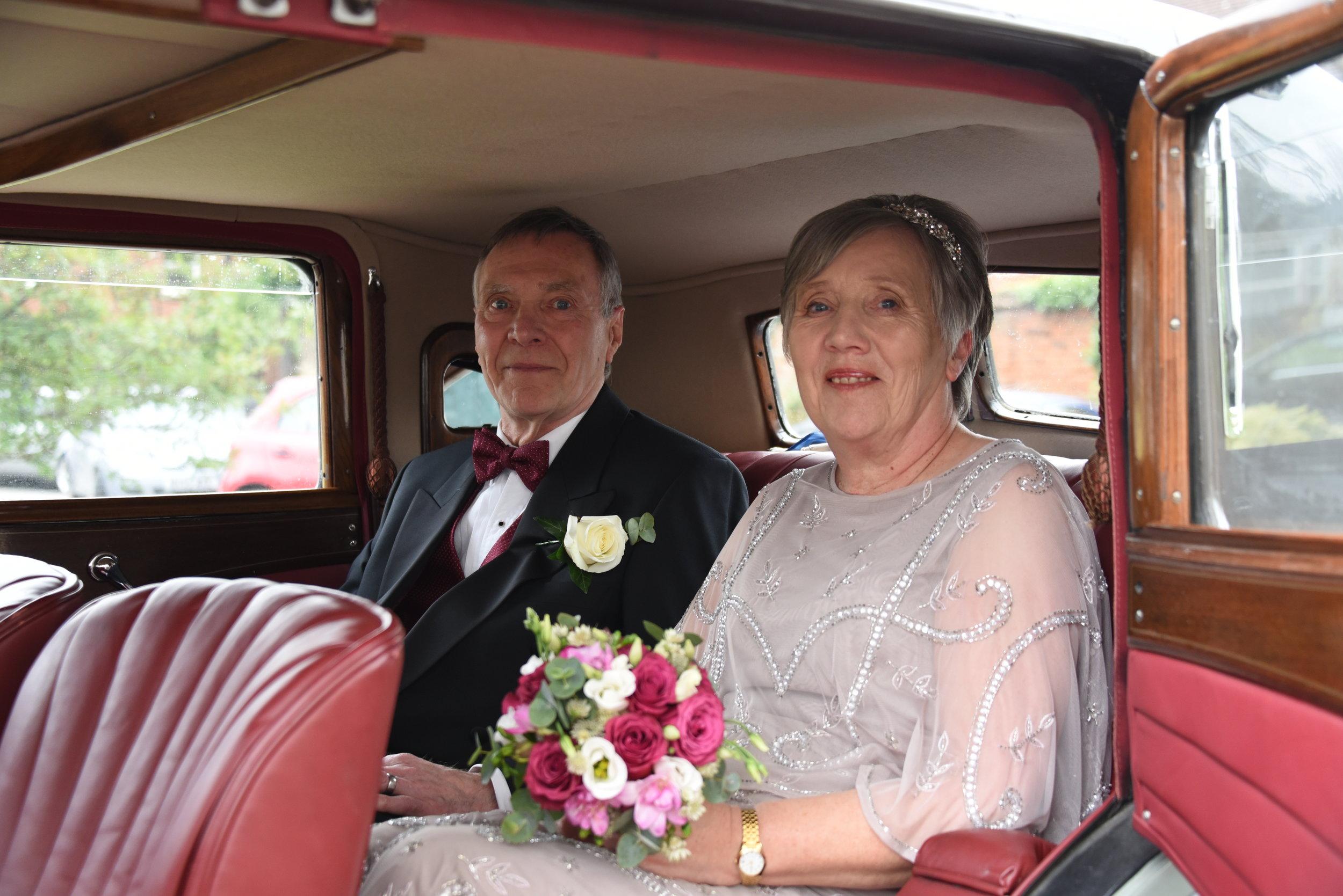 Brenda+Willens+bride+arriving.jpg