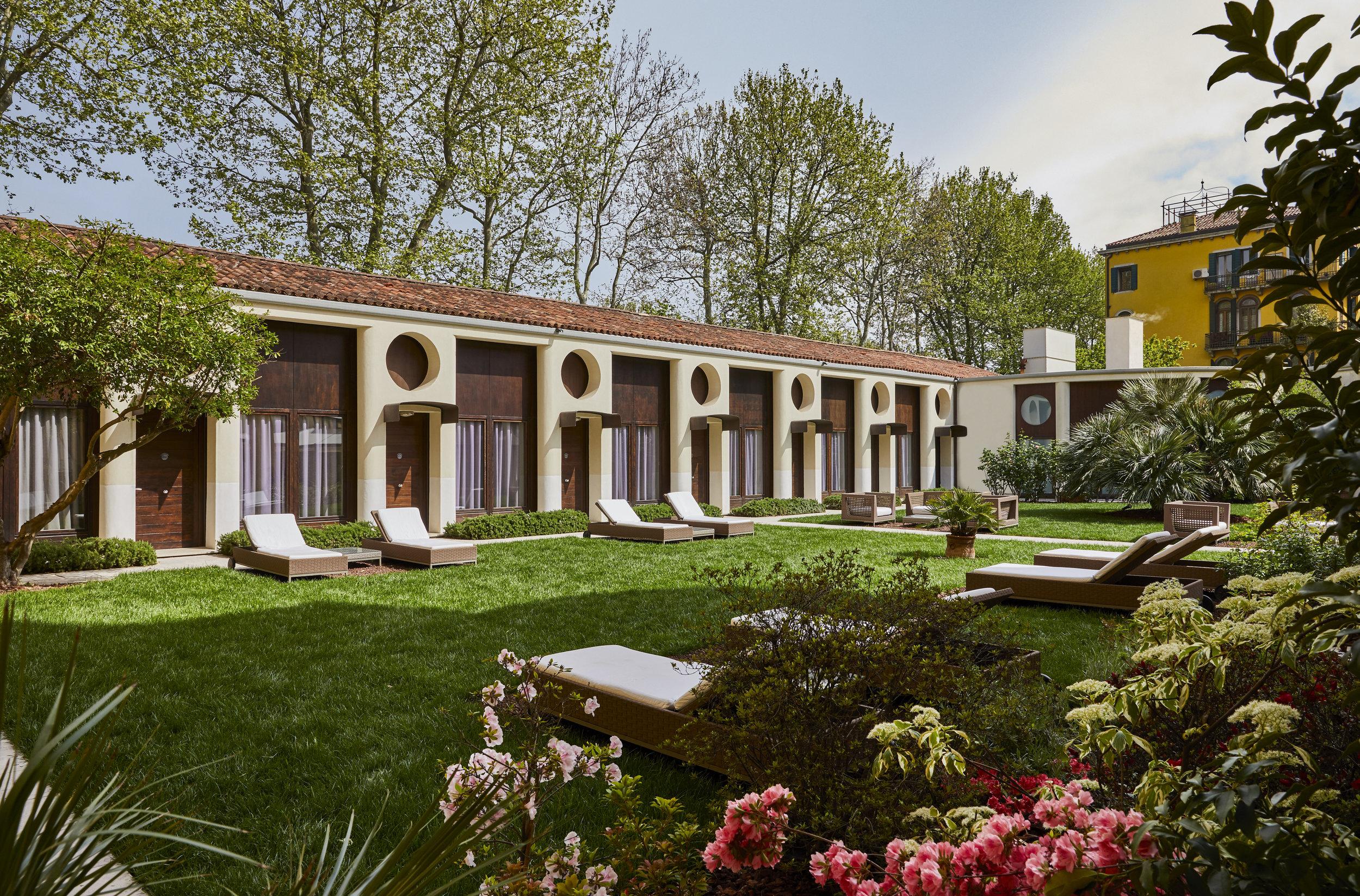 Gardens at Sant'Elena Venice - Hotel Indigo