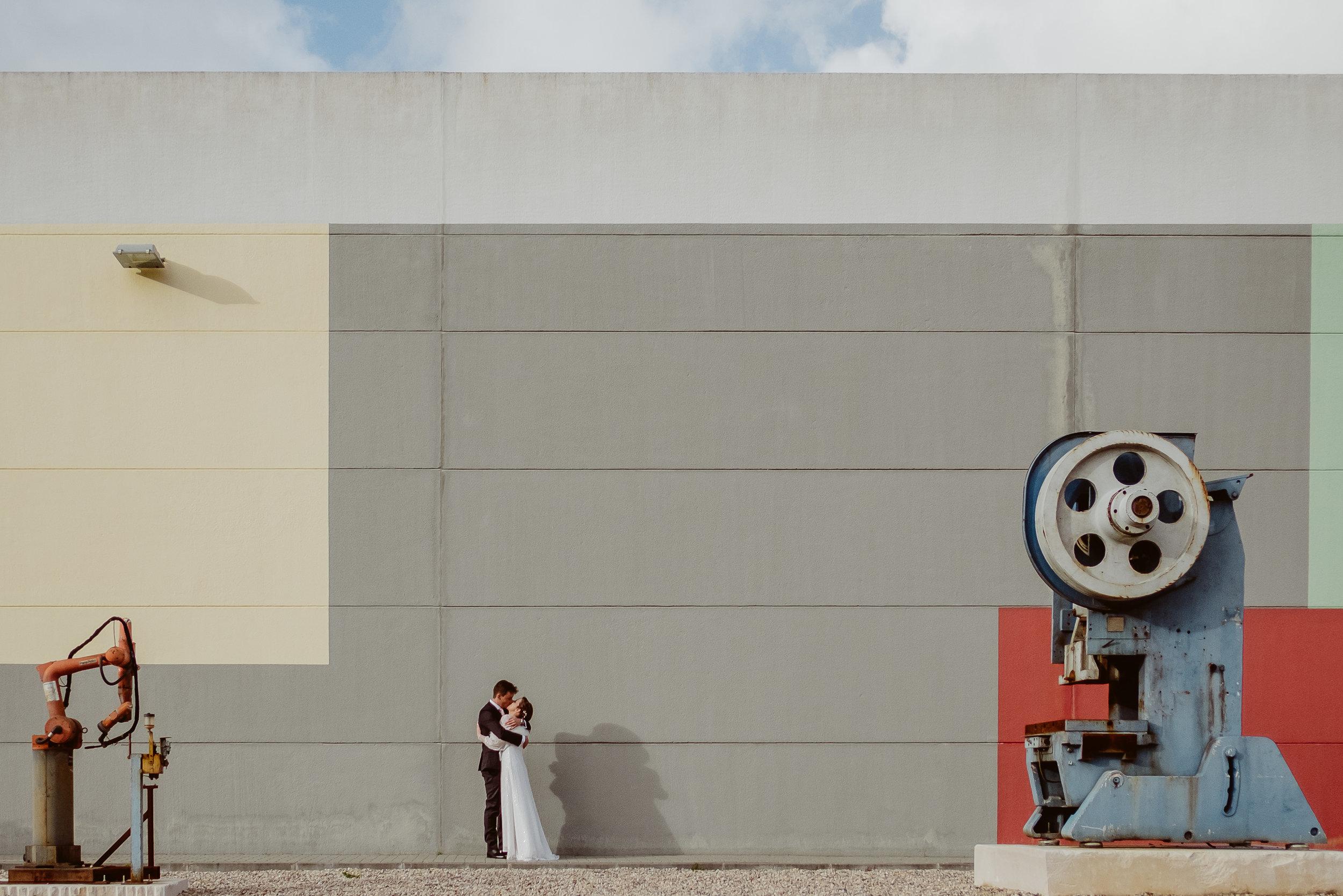 a galeria - Só têm que clicar, colocar o nome + e-mail e ficam com acesso à galeria das fotografias do casamento da Sara e do Filipe.Podem fazer download (em baixa ou alta resolução)de cada fotografia, do álbum completo ou, se preferirem, podem fazer