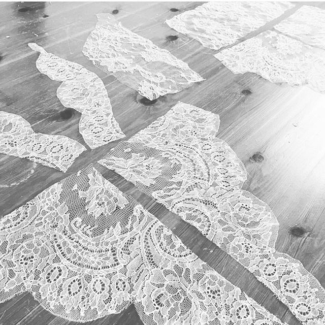 Monday morning in the studio - cutting ivory #chantillylace panels in preparation to make some beautiful #bridallingerie sets ||... - - - - - - #frenchstyle #madeinengland #ivorylace #chantillylace #bespoke #handmade #bridalstyle #bridallingerie #handmade #bodysuit #lingerie #lingerielovers #intimates #lingerieaddiction #treatyourself #lingerielovers #sheerlace #leaverslace #lacebodice #lacebralette #bridalbra #bridalstyle #bride2019 #bridetobe #aemiliacouture #beautiful  #handmade #lingerieonline #lingerieaddict #lingerie #lingerieonline #luxuryunderwear #intimates #couturelingerie #britishdesigner