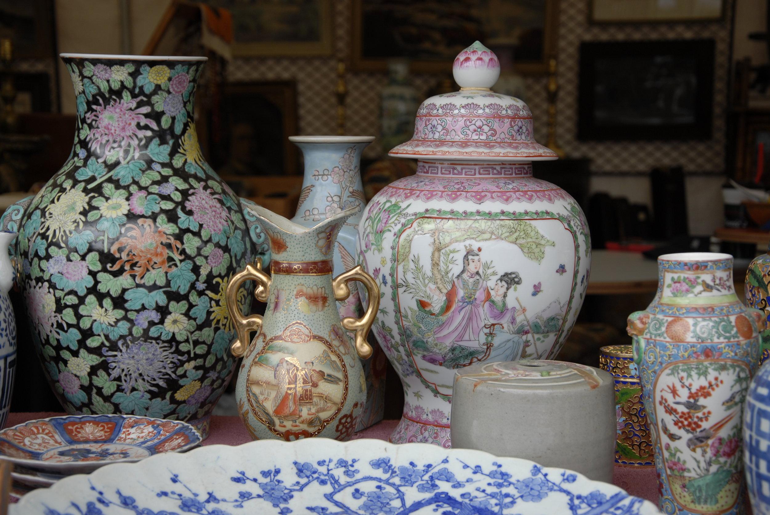 Round Top Antique Auction