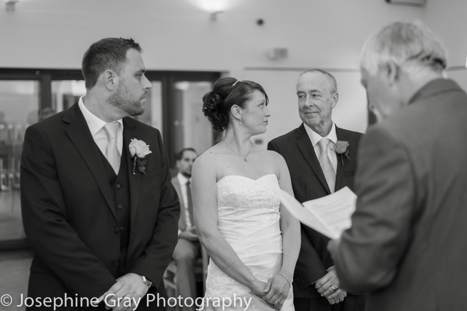 Wedding photographer - Hertfordshire, London, Buckinghamshire, Berkshire, Local photographer Herts, Bucks, Berks