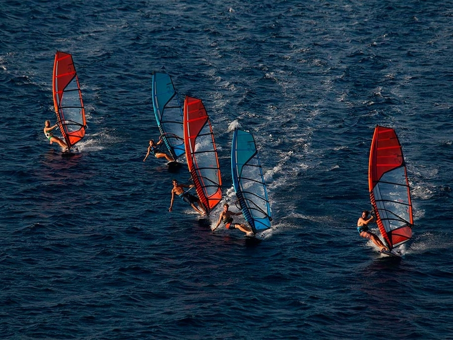 A Windsurf története
