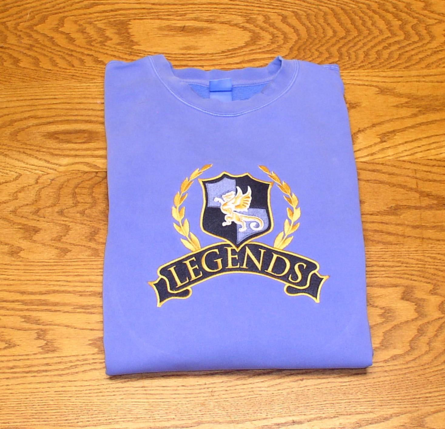Sweatshirt_Legends_folded_blue.jpg