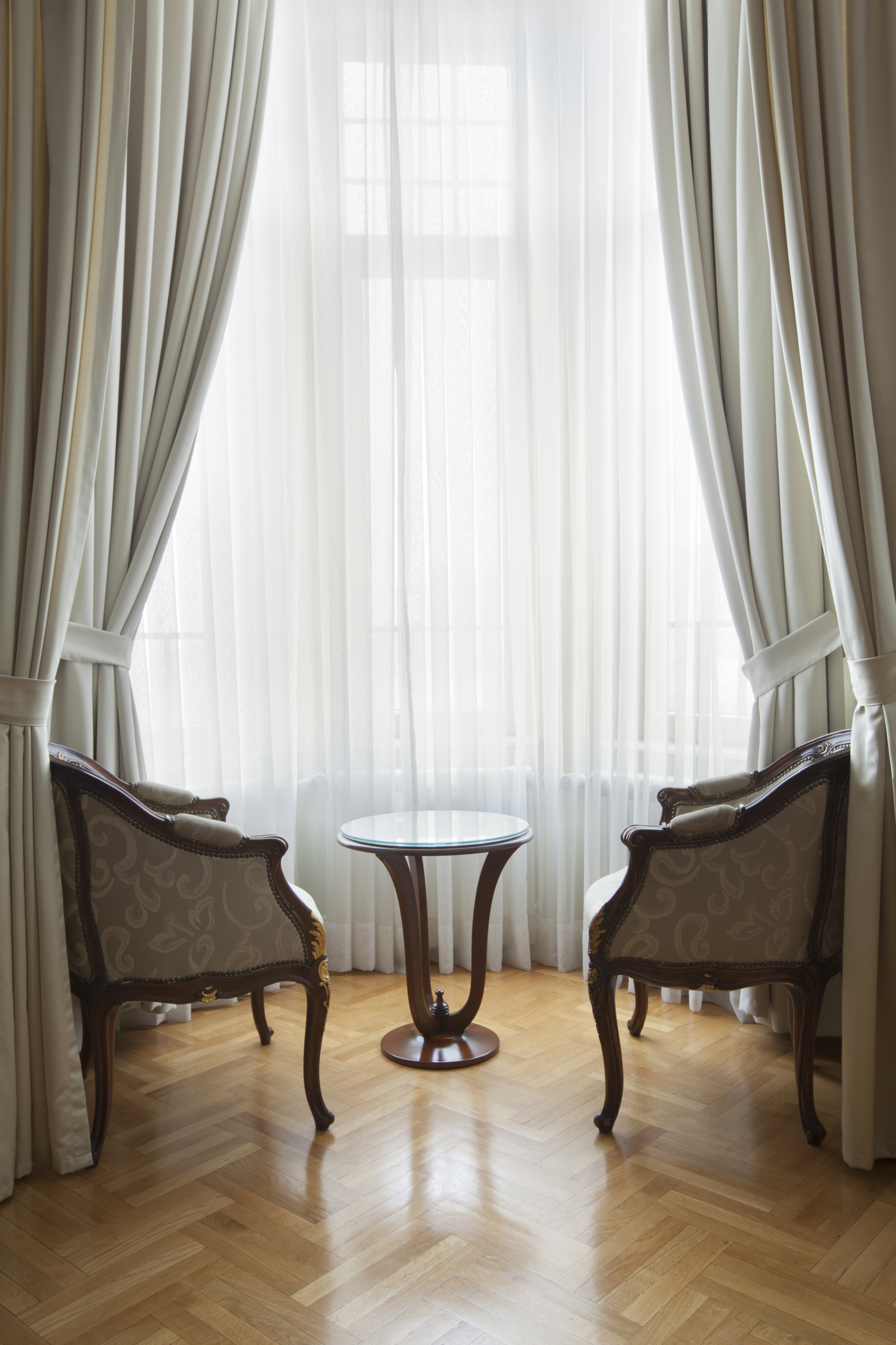 Custom Livingroom Curtains and Drapes