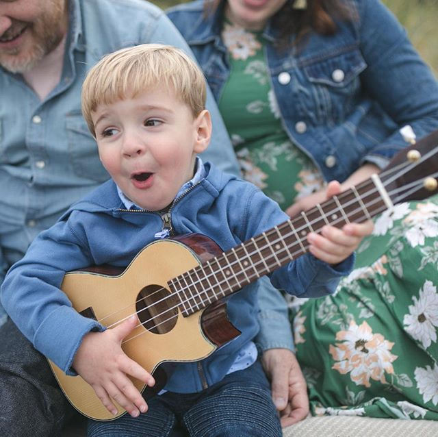 He loves airplanes, applesauce, and his ukulele. And once his fingers touch those strings, they can't be stopped. . . . . #kelseymoll #familyphotography #familyphotographer #seattlefamilyphotographer #seattle #makeportraits #thefamilynarrative #ukulele