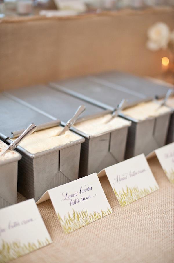 Malloy Events | New England wedding florist | Rustic barn wedding