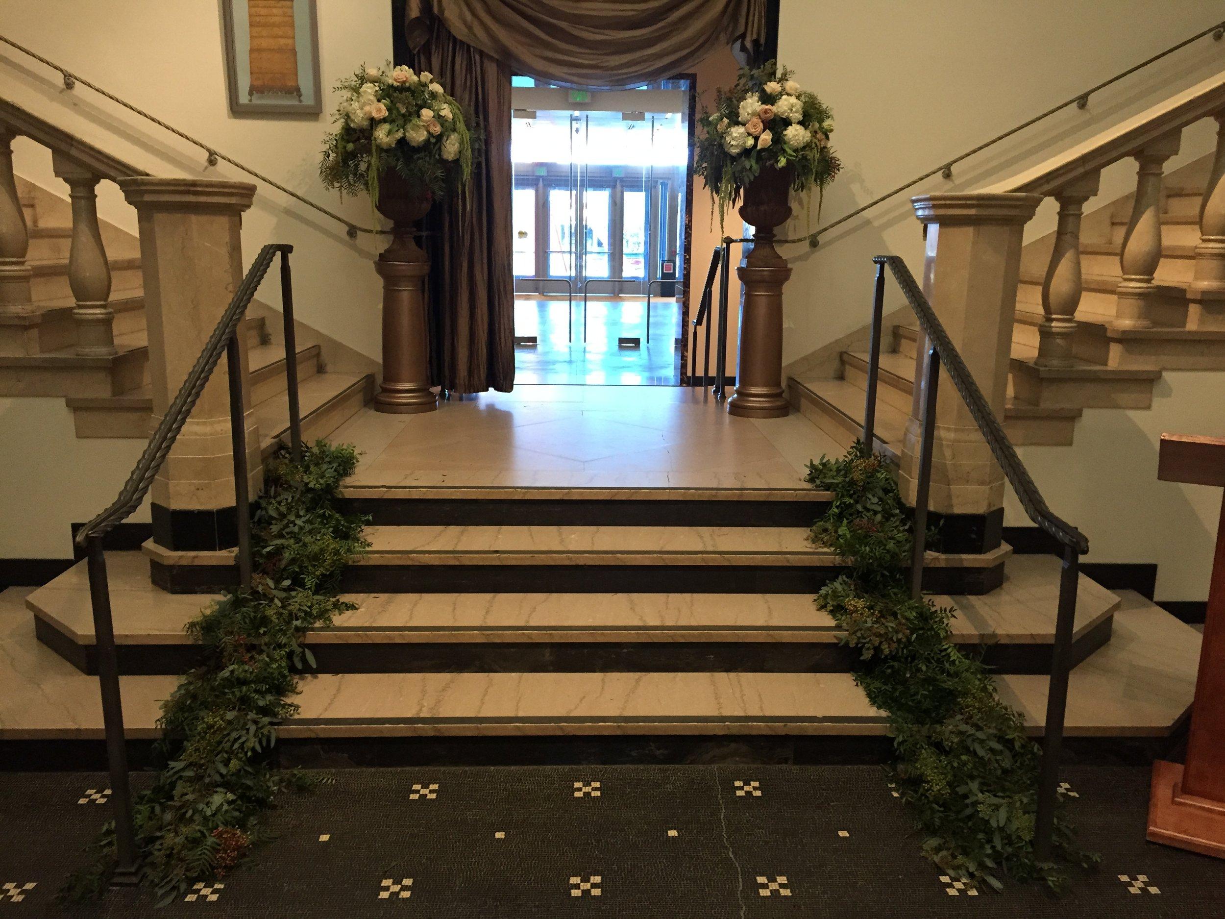 Malloy Events _ Currier Museum of Art _ Weddings _ Wedding florist_ Ceremony flowers