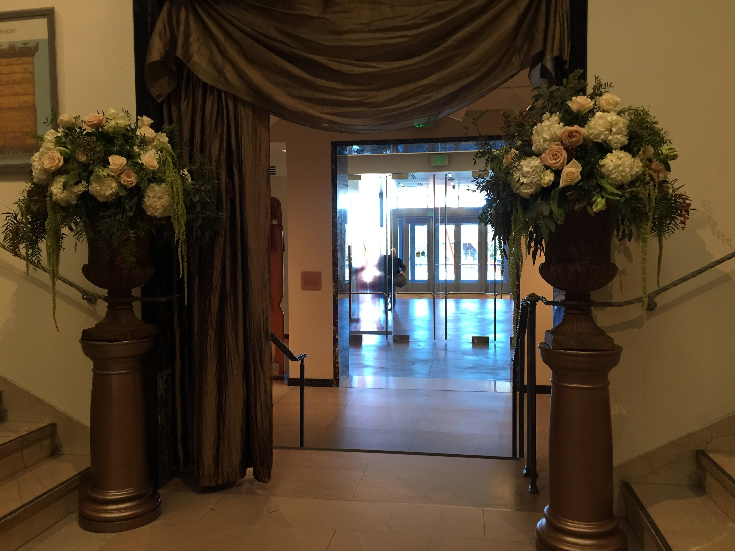 Malloy Events _ Currier Museum of Art _ Weddings _ Wedding florist _ Altar flowers