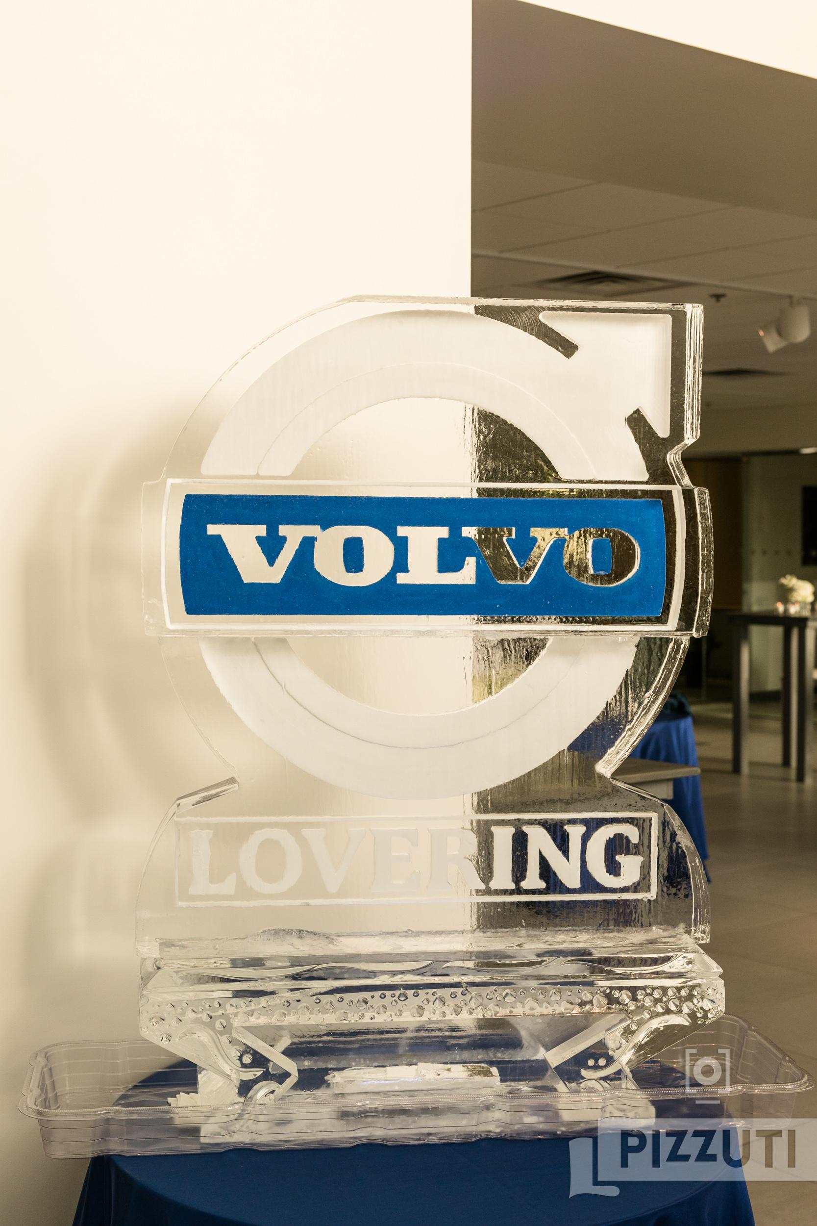 C17_Malloy_Volvo_082_SocialMedia.jpg