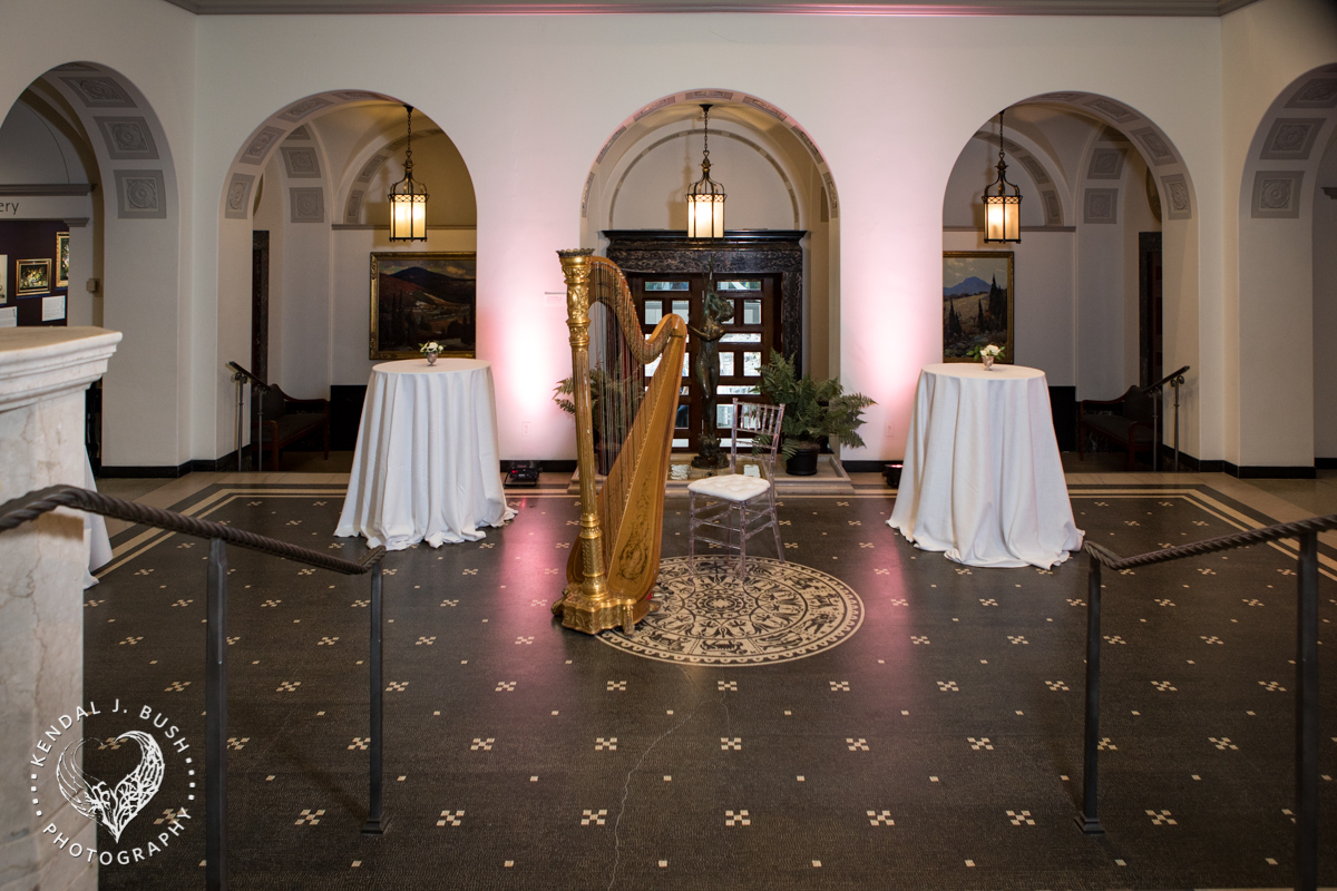Malloy_Events_Currier_Museum_Gala_KendalJBush_lighting_arrangement