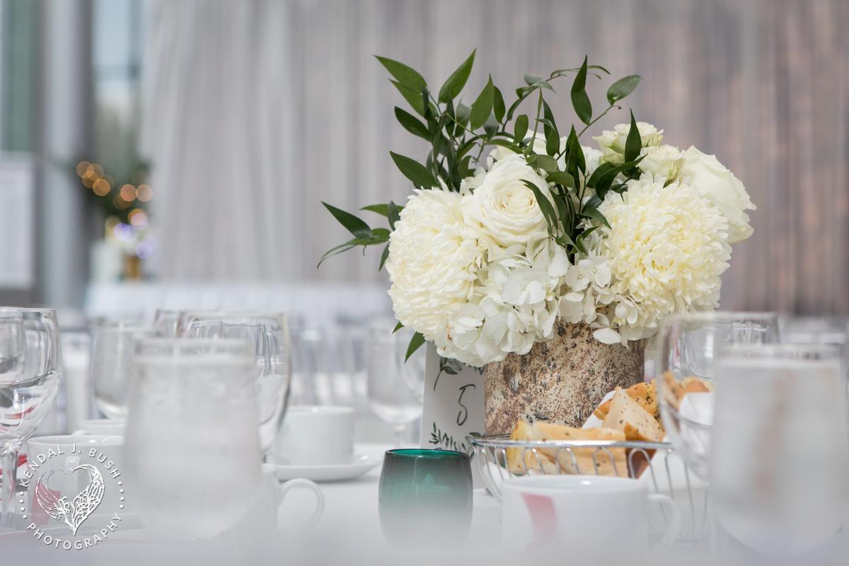 Malloy_Events_Currier_Museum_Gala_KendalJBush_floral_arrangement