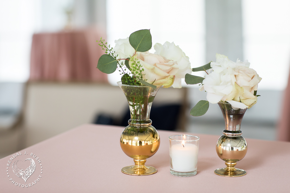 Malloy_Events_CAC_Gala_KendalJBush_NH_Floral_votive_decor