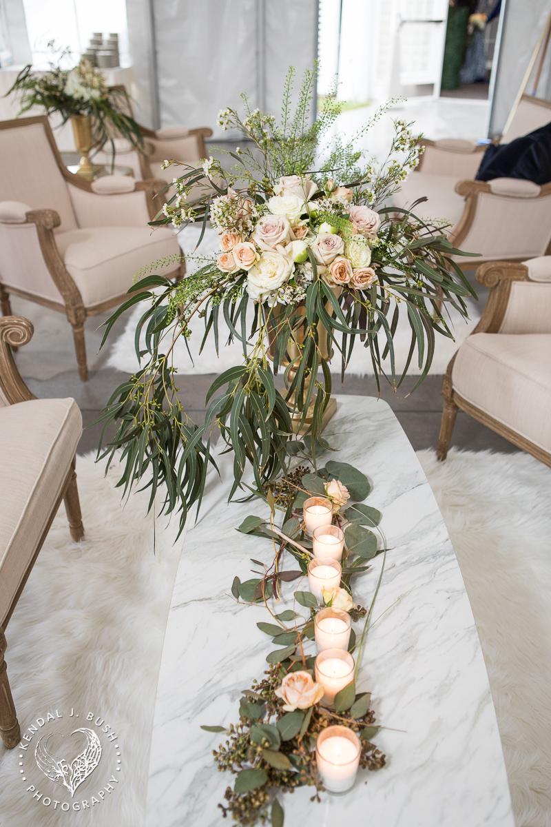 Malloy_Events_CAC_Gala_KendalJBush_NH_floral_arrangement_furnishing