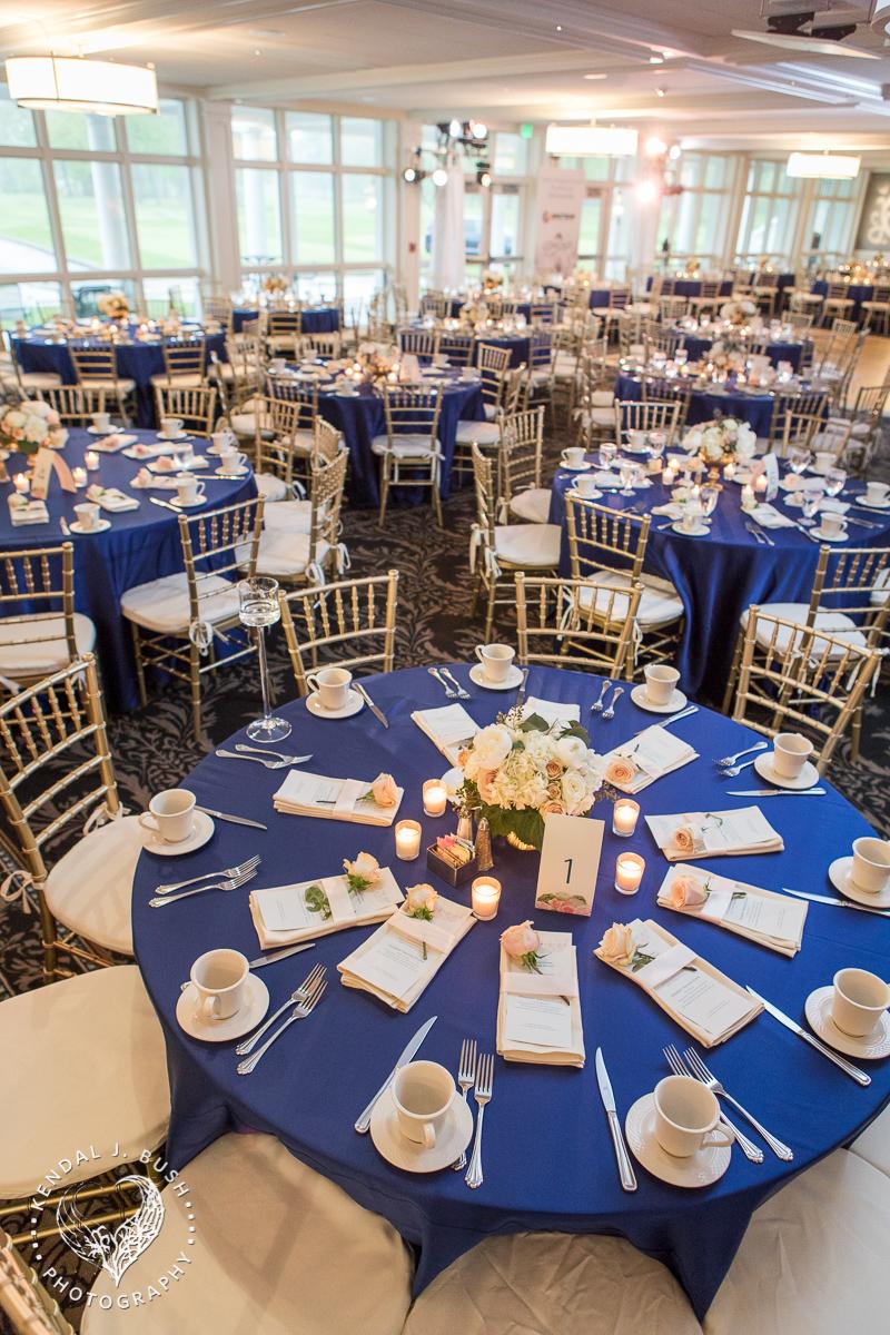 Malloy_Events_CAC_Gala_KendalJBush_NH_floral_centerpiece