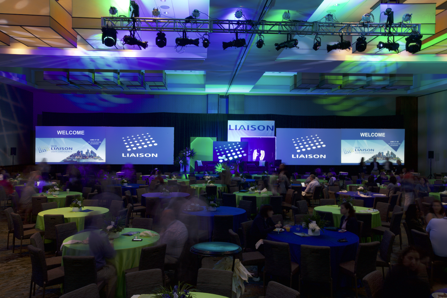 Malloy-Events-corporate-conference-general-session-stage-design-production-AV-lighting