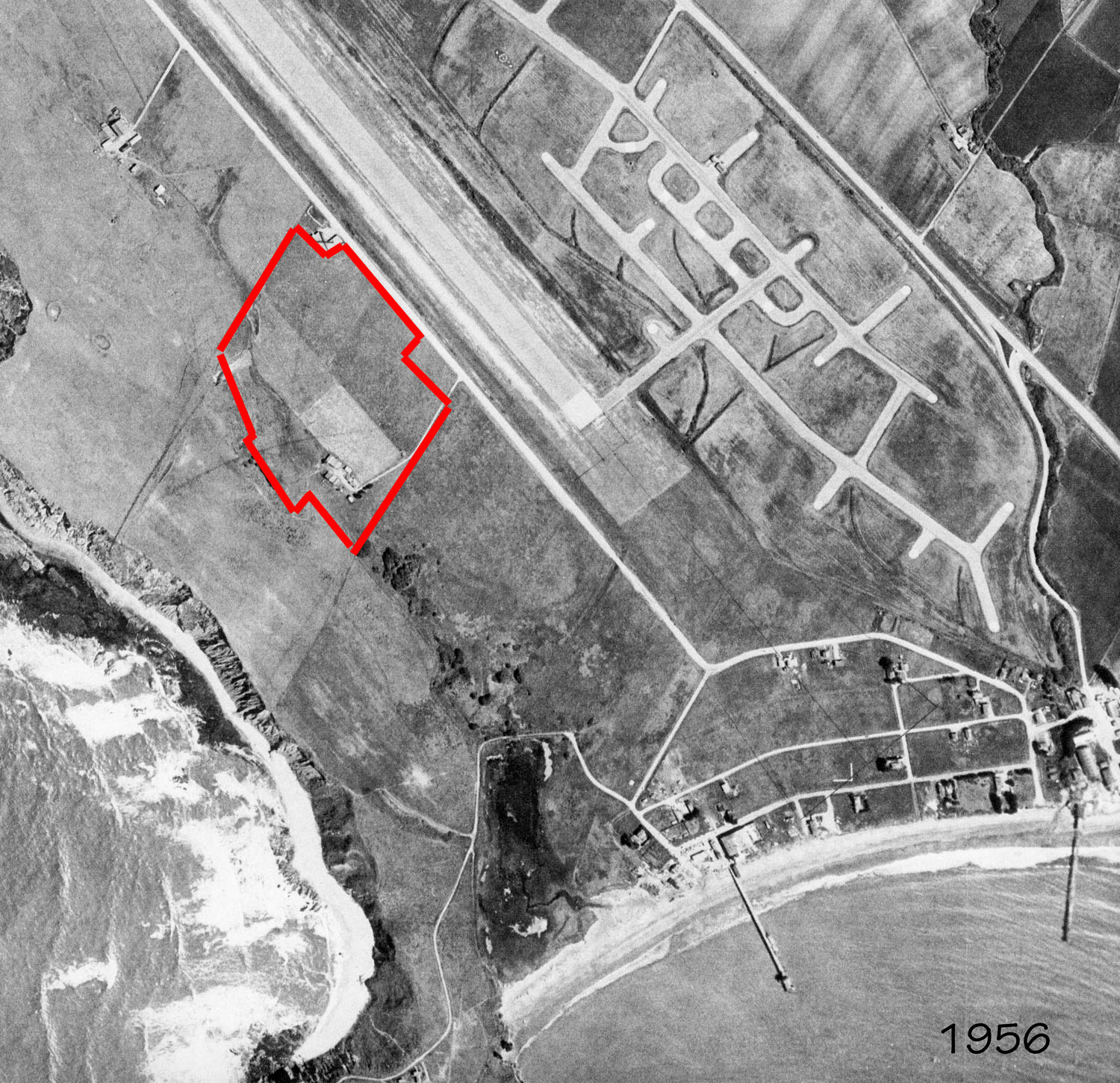 1956 aerial with red outline of current location of Pillar Ridge. Click image to enlarge.