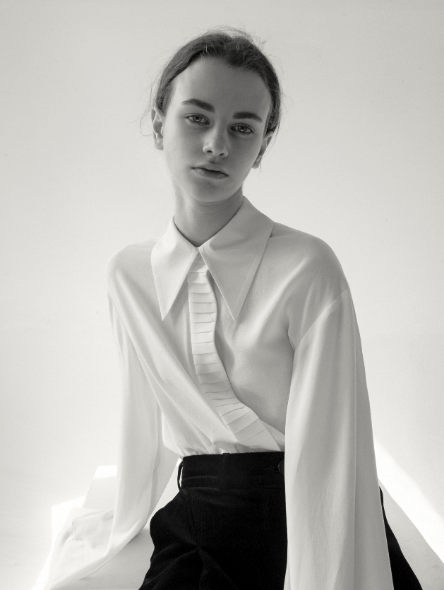 Pointed Collar White Viscose Shirt