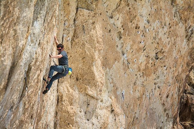 """Some footy from a winter ago: @brianfabel working the cave's namesake, """"Killer"""". Recently I asked @bergfurerhess about his favorite route in Sinks Canyon, and this was the winner!"""