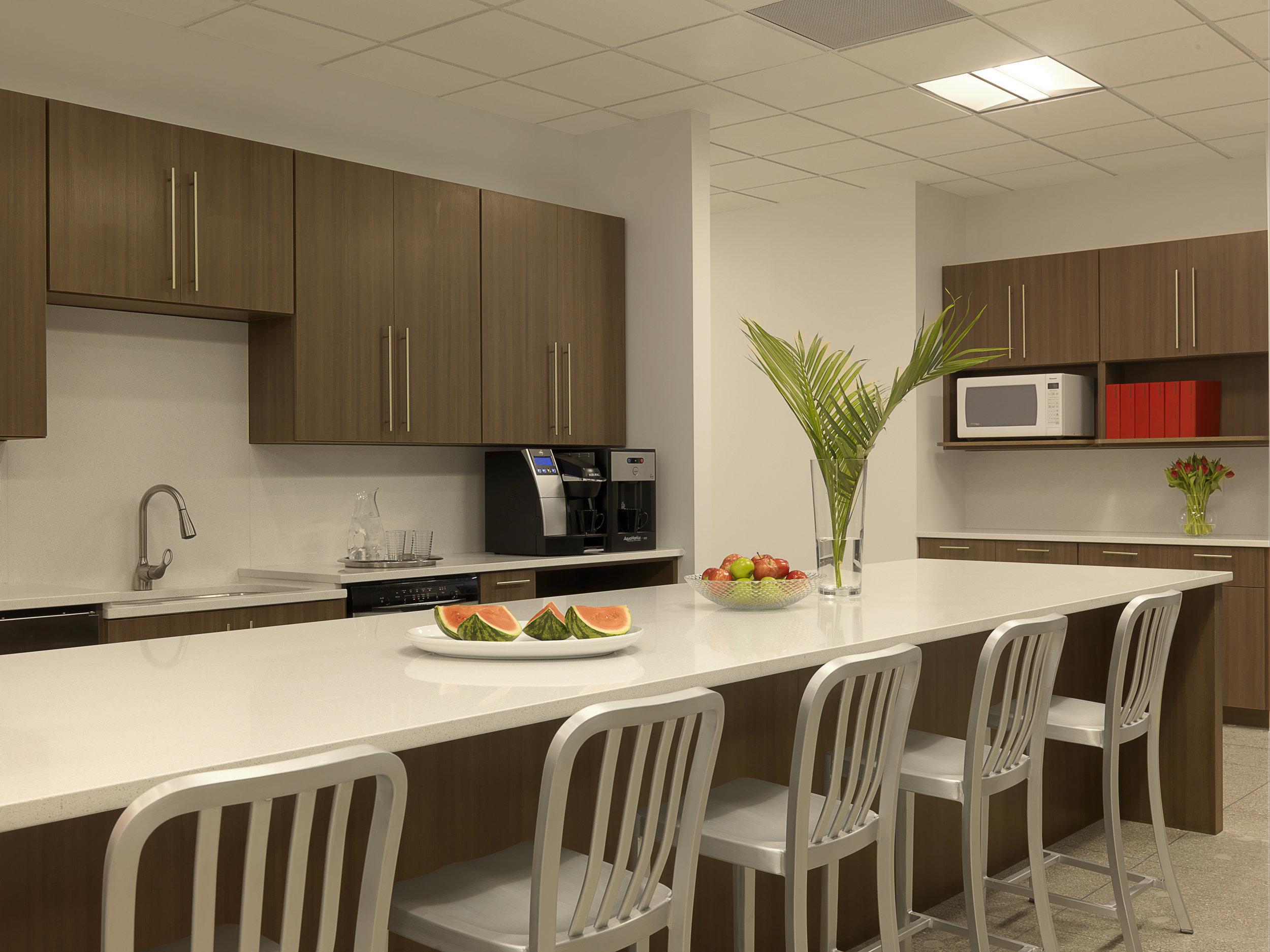 bond kitchen.jpg