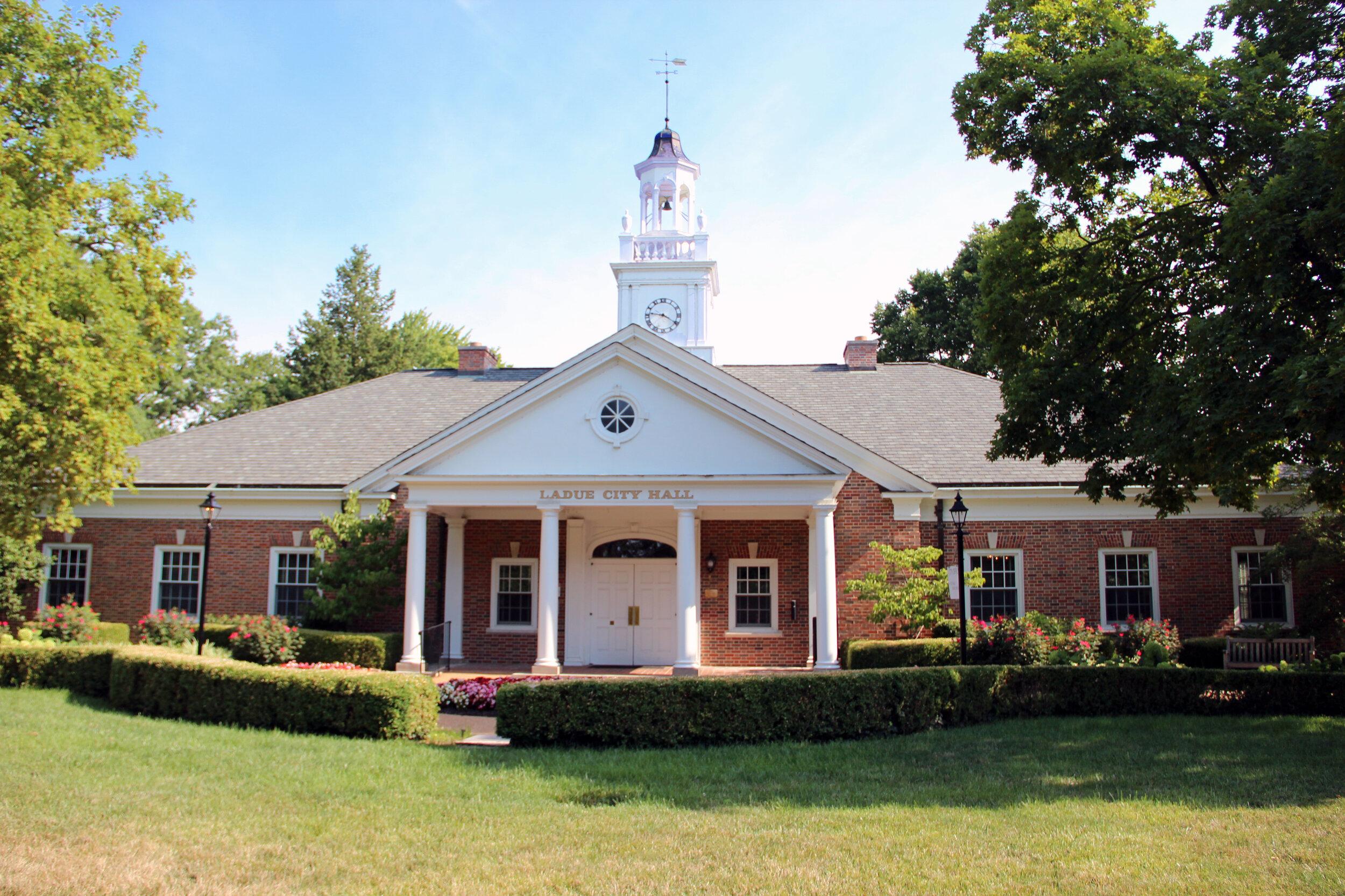 Ladue City Hall Exterior