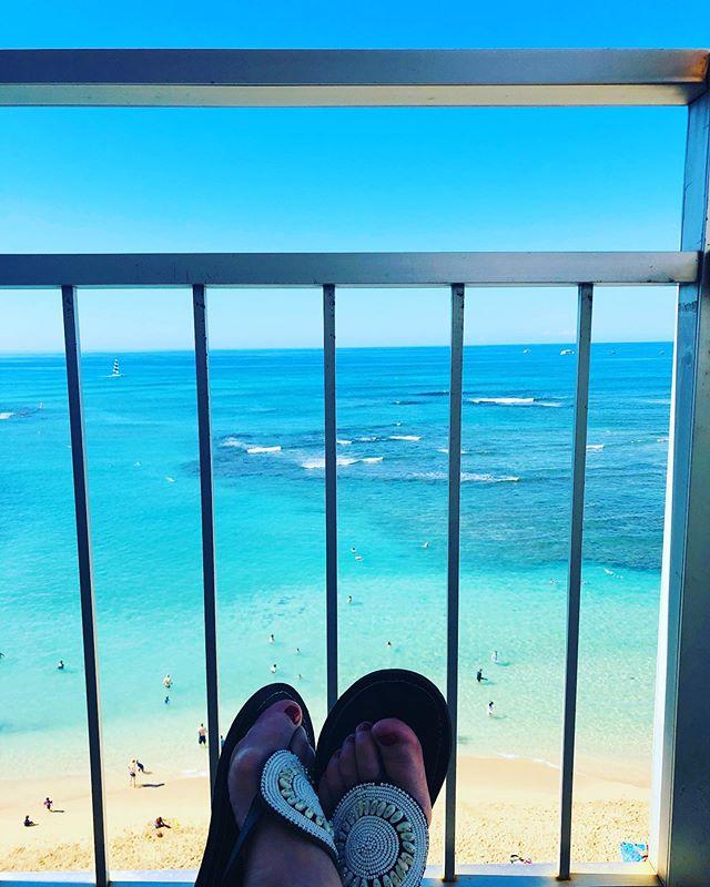 Summer got me thinking of Wazi shoes in Hawaii 🌊☀️ 🌴  #wazi #wazishoes #sandals #flipflops #hawaii #waikiki #beading #ethicallymade #ecocloset #ecofashion #beach #summer #sunshine #summer #white #beading #leather #goodcause #education #handmade #tanzania  #sandpiper #womenownedbusiness #supportsmallbusiness #santabarbarabusiness #pursepower #shopsmart #sea #vitaminsea