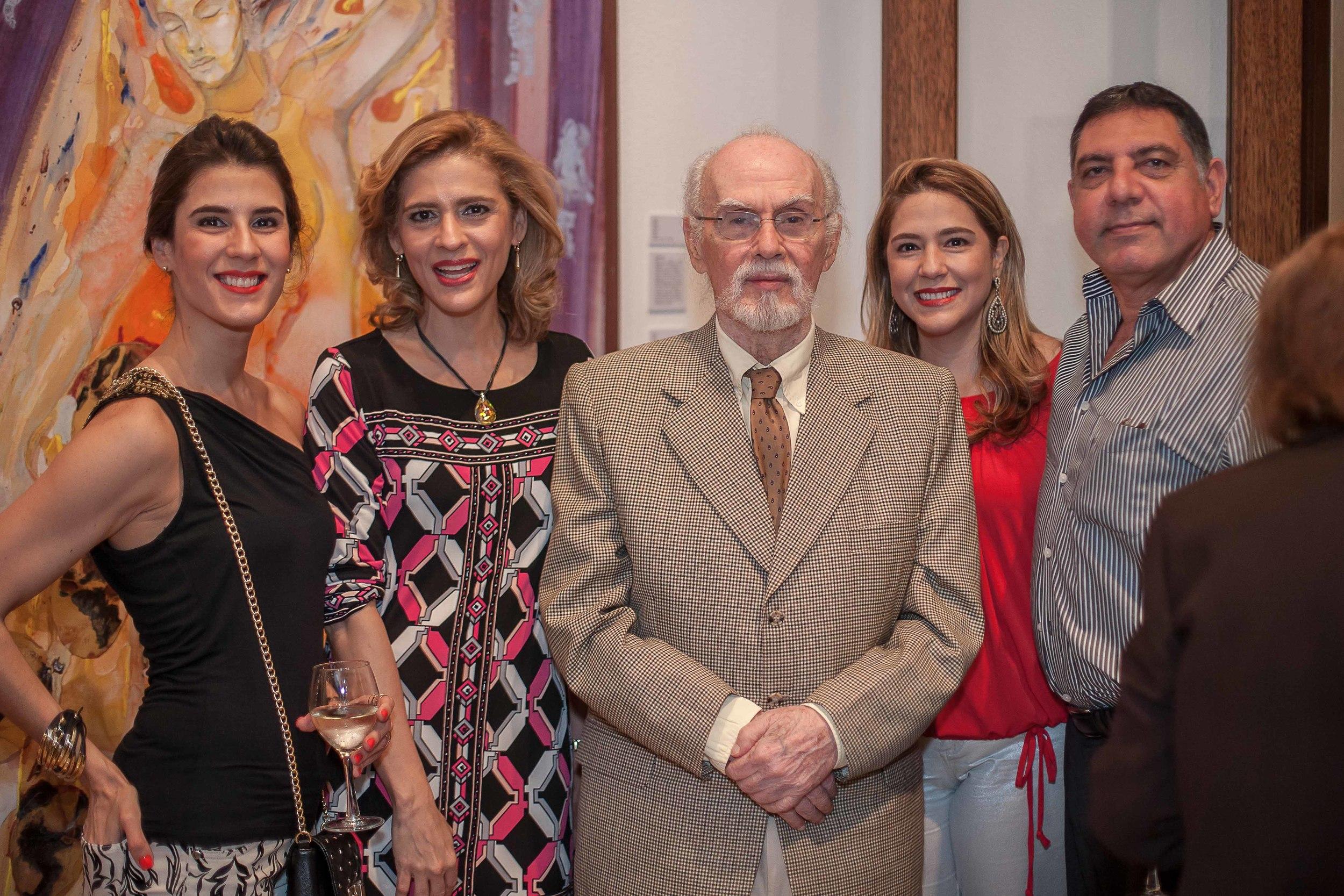 Wilda Gutiérrez, Mónica Gutiérrez, Fernando Peña Defilló, Patricia Gutiérrez y Gamal Michelen.jpg