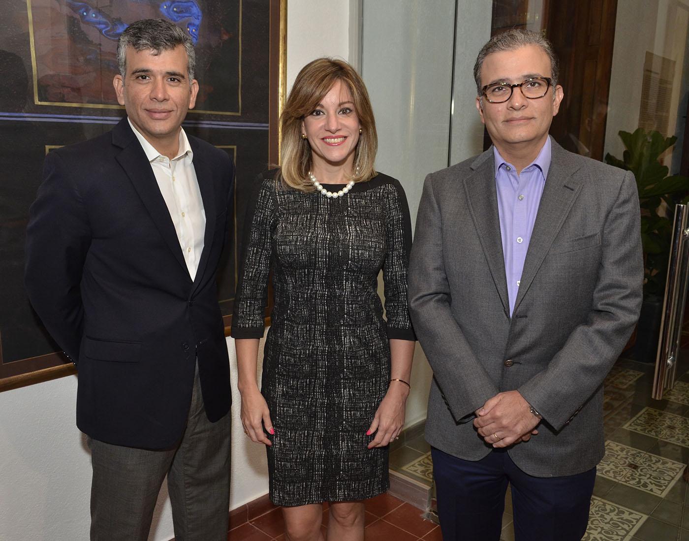 Pablo Piantini, Christie Pou de Piantini y Roberto Piantini