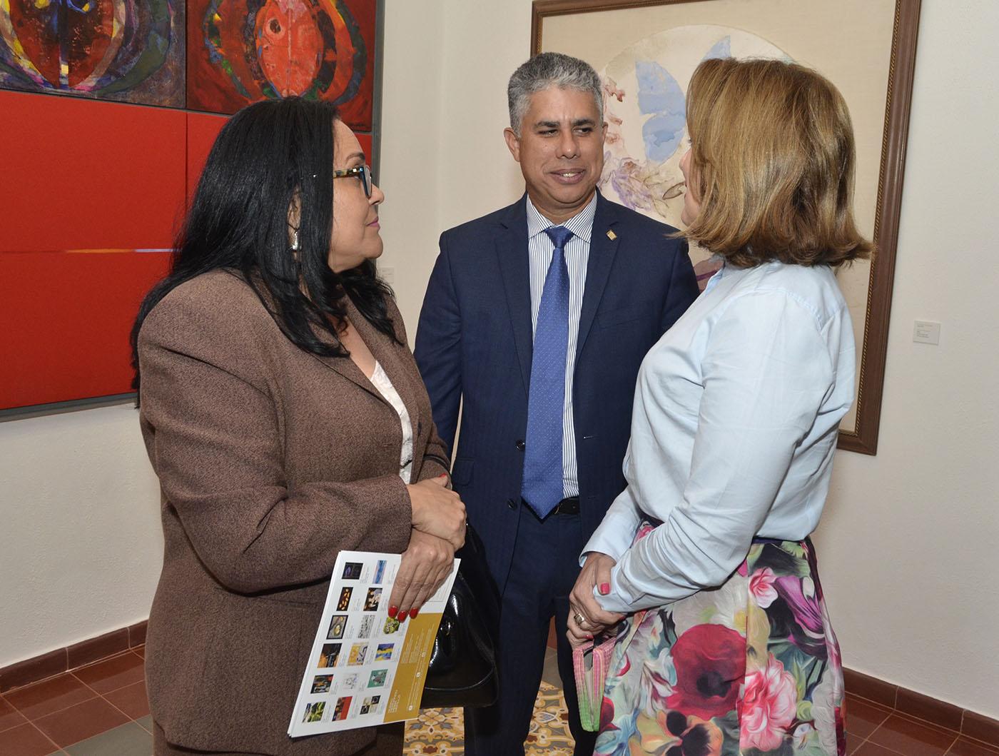 Elena Medina, José Manuel Taveras y Clarissa De la Rocha