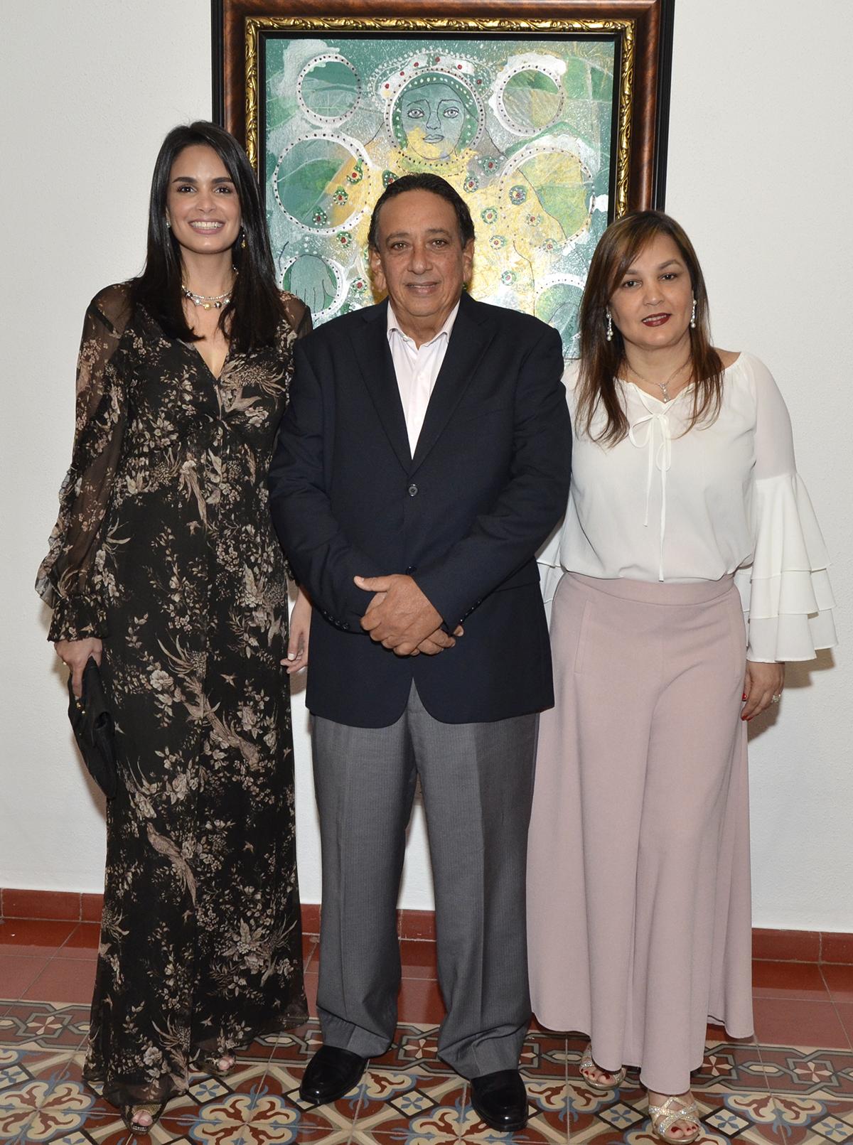 Foto 4 Judith Cury, Juan Cury y Maggy de Cury.JPG