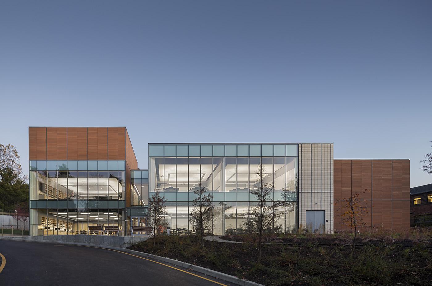 Dwight Englewood STeM Center, NJ, USA. Gensler NY.
