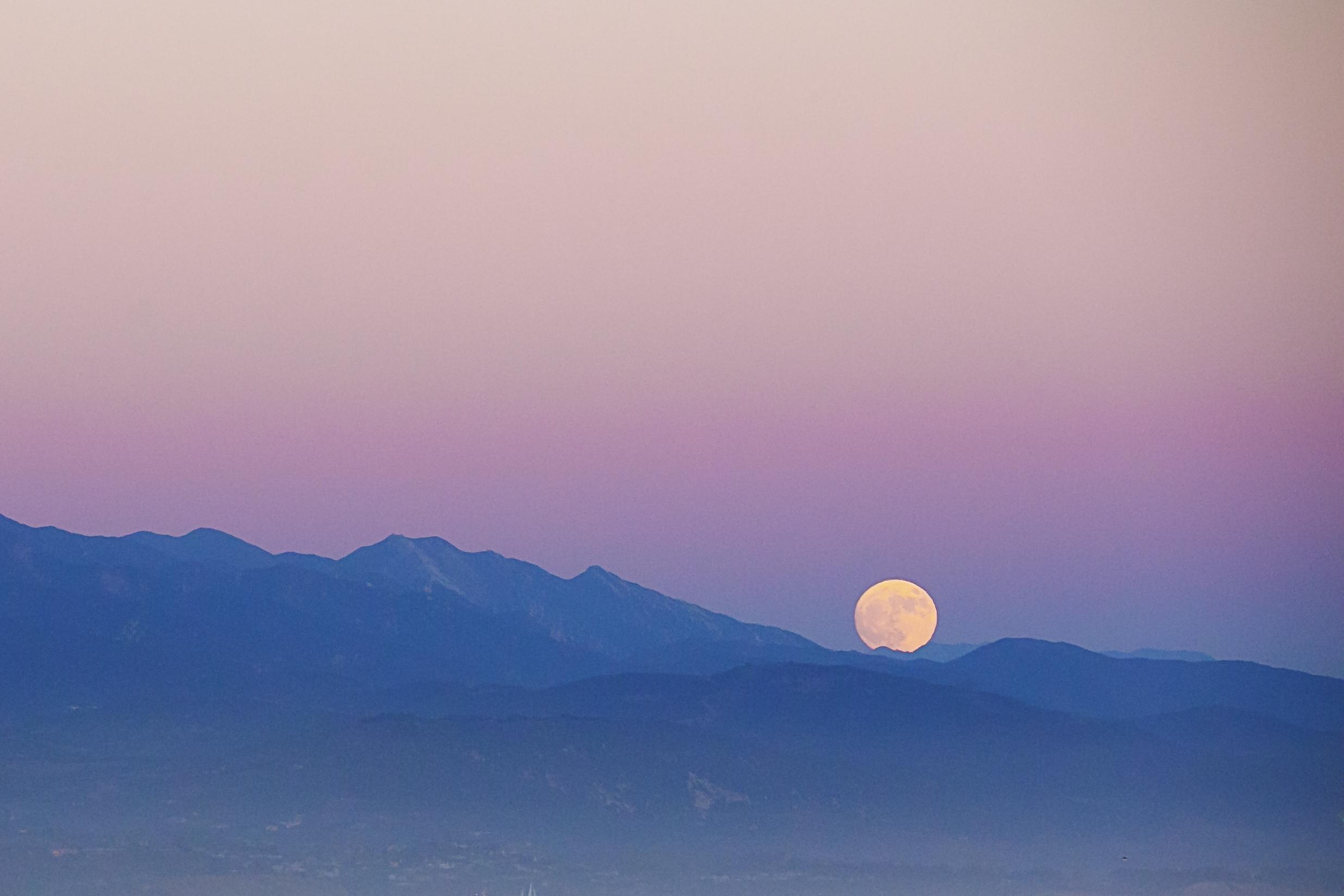 andrea_moonrise_retouch_high_rez2.JPG