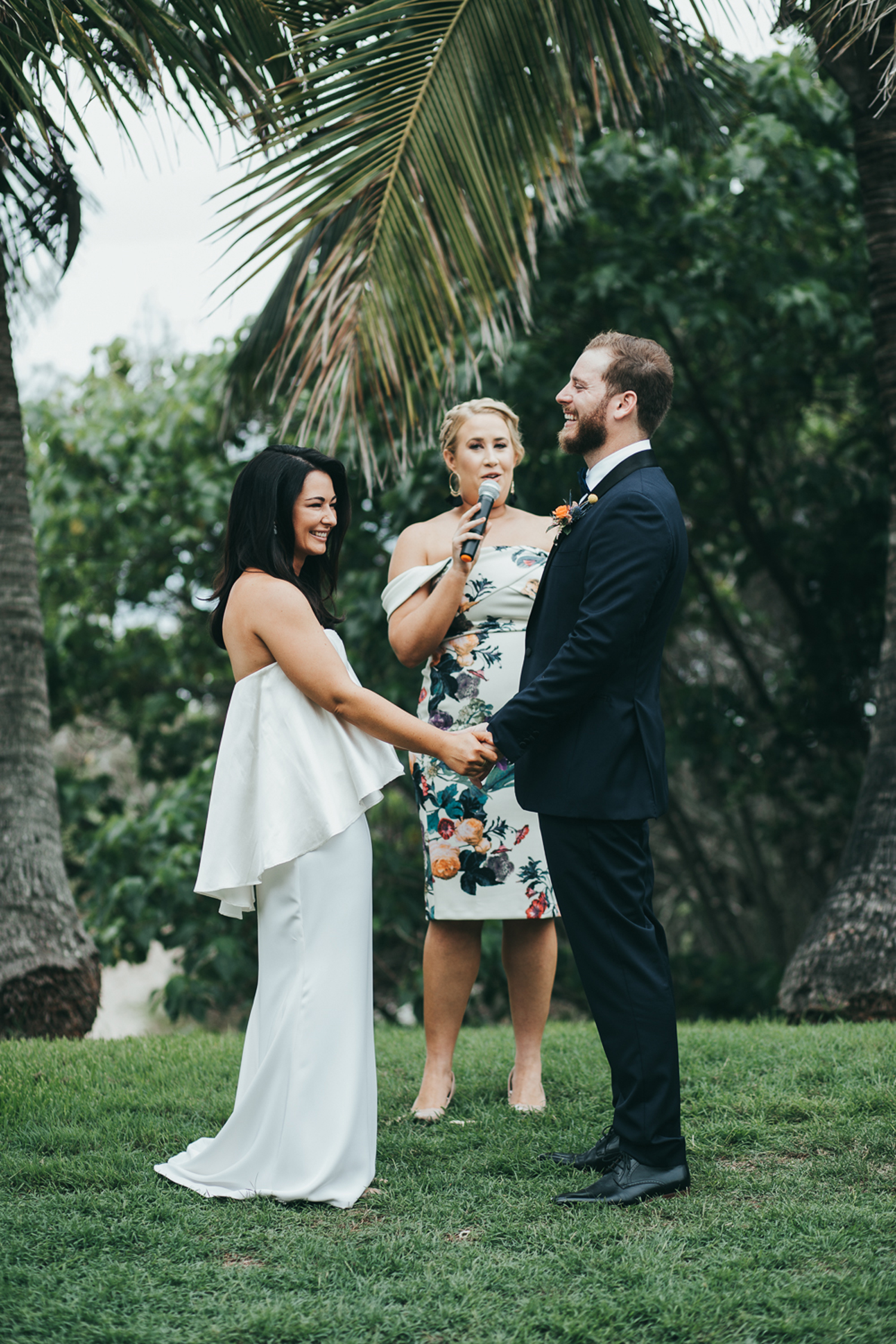 054-halcyon_house_byron_bay_wedding_photographer.jpg