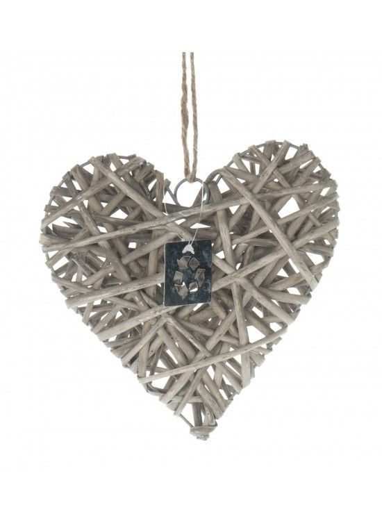 Medium Wicker Hearts (X12) £2